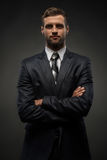 Retrato de la cintura-para arriba del hombre de negocios hermoso con fotografía de archivo