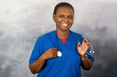 Retrato de la enfermera de la mujer joven imagen de archivo
