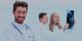 Retrato de la estación del doctor Working At Nurses fotografía de archivo