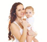 Retrato de la madre y del bebé sonrientes felices junto Imagenes de archivo