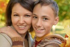 Retrato de la madre y del hijo Imágenes de archivo libres de regalías