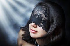 Retrato de la manera de la mujer atractiva joven Imagen de archivo