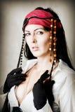 Retrato de la manera del pirata de la mujer Imagenes de archivo