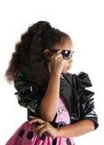 Retrato de la moda del niño de la muchacha Gafas de sol Imagenes de archivo