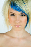 Retrato de la muchacha adolescente con el pelo interesante Imagen de archivo libre de regalías