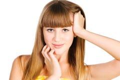Retrato de la muchacha adolescente hermosa con los pelos largos Fotografía de archivo libre de regalías