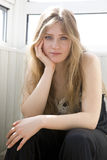 Retrato de la muchacha adolescente seria Fotos de archivo libres de regalías