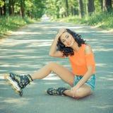 Retrato de la muchacha alegre loca positiva Imágenes de archivo libres de regalías