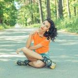 Retrato de la muchacha alegre loca positiva Fotografía de archivo