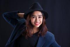 Retrato de la muchacha asiática hermosa imagenes de archivo