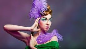 Retrato de la muchacha con maquillaje inusual Fotografía de archivo libre de regalías