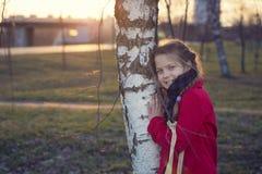 Retrato de la muchacha de la puesta del sol Fotos de archivo libres de regalías