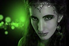 Retrato de la muchacha de la serpiente Imagenes de archivo