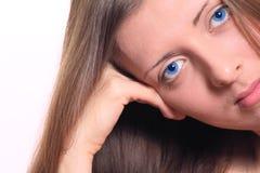 Retrato de la muchacha de ojos azules Imágenes de archivo libres de regalías