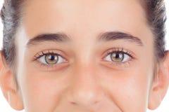 Retrato de la muchacha del adolescente con los ojos verdes Imagen de archivo