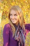 Retrato de la muchacha del otoño Foto de archivo libre de regalías