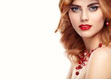 Retrato de la muchacha del pelirrojo del modelo de moda de la belleza Imágenes de archivo libres de regalías