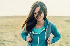 Retrato de la muchacha del viajero Imagen de archivo libre de regalías