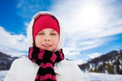 Retrato de la muchacha en invierno Fotos de archivo