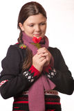 Retrato de la muchacha en la ropa del invierno de la emoción Foto de archivo
