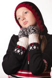 Retrato de la muchacha en la ropa del invierno de la emoción Imágenes de archivo libres de regalías
