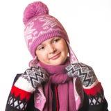Retrato de la muchacha en la ropa del invierno de la emoción Fotos de archivo libres de regalías