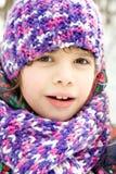 Retrato de la muchacha en parque del invierno Fotografía de archivo libre de regalías