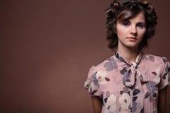 Retrato de la muchacha hermosa. Fotos de archivo libres de regalías