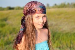 Retrato de la muchacha hermosa con el pelo largo Fotografía de archivo libre de regalías
