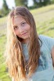 Retrato de la muchacha hermosa con el pelo largo Fotos de archivo libres de regalías