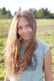Retrato de la muchacha hermosa con el pelo largo Foto de archivo libre de regalías