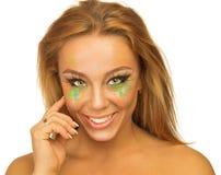 Retrato de la muchacha hermosa con maquillaje brillante Fotos de archivo
