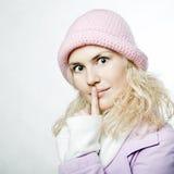 Retrato de la muchacha hermosa del whitehair en color de rosa Imagen de archivo