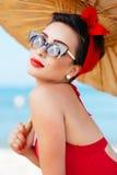 Retrato de la muchacha modela hermosa con el paraguas Imagen de archivo libre de regalías