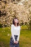 Retrato de la muchacha morena de moda Imágenes de archivo libres de regalías