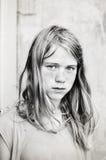 Retrato de la muchacha seria Imagen de archivo
