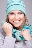 Retrato de la muchacha sonriente del invierno Imagen de archivo libre de regalías