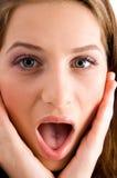 Retrato de la muchacha sorprendida Fotos de archivo libres de regalías
