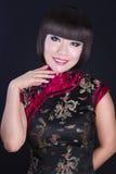 Retrato de la mujer asiática joven y hermosa. Fotos de archivo