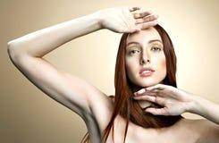 Retrato de la mujer atractiva Fotografía de archivo libre de regalías