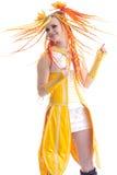 Retrato de la mujer bastante joven en vestido amarillo Fotografía de archivo libre de regalías
