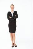 Retrato de la mujer de negocios en juego imagenes de archivo