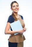 Retrato de la mujer de negocios feliz con el papel en blanco blanco Imágenes de archivo libres de regalías