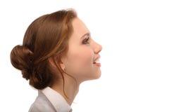 Retrato de la mujer de negocios hermosa en perfil Imagen de archivo