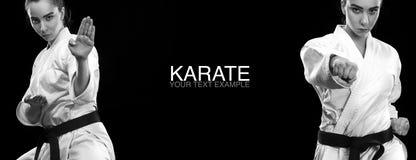 Retrato de la mujer deportiva del karate y del Taekwondo en el kimono blanco con la correa negra en fondo oscuro Foto de archivo libre de regalías