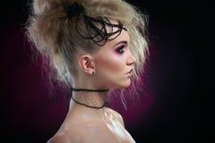 Retrato de la mujer en el maquillaje de Halloween Imagen de archivo libre de regalías