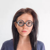 Retrato de la mujer en vidrios locos Foto de archivo libre de regalías