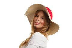 Retrato de la mujer hermosa con el sombrero de paja Imágenes de archivo libres de regalías
