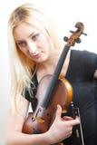Retrato de la mujer hermosa con violine Foto de archivo libre de regalías