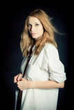 Retrato de la mujer joven atractiva Imagen de archivo